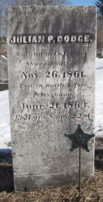 julian-dodge-gravestone